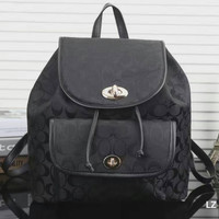 GUCCI  Woman  fashion backpack has a large backpack Black