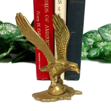 Brass Eagle Figurine United States Base Man Cave Fathers Day Gifts For Him America Patriotic Decor Bird Of Pray Metal Sculpture Collectible