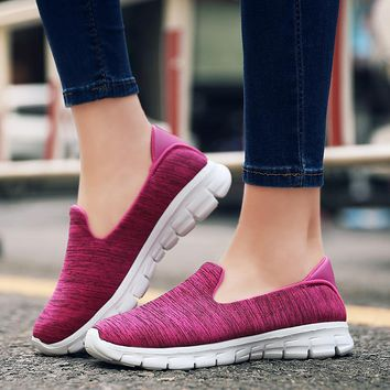 2018 Spring Women Sports Shoes Lightweight Flats Air Mesh Running Comfortable Walking Sneaker Female Slip-on Loafers Size 35-42
