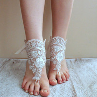 FREE SHIPPING! Bridal white barefoot sandals, french lace , wedding anklet, free ship, anklet, bridal, wedding,  silver shimmery white glove
