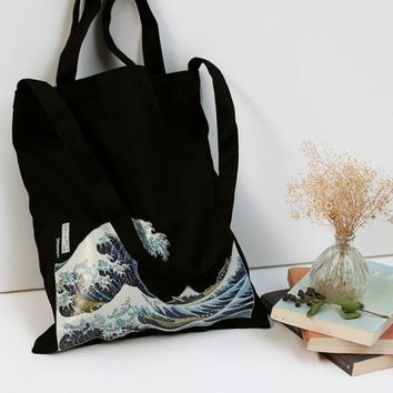 The Great Wave Printed Tote - Black