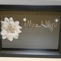 Wedding.Mother of the bride gift.mother of the groom gift. wedding gift idea. wire name.bridesmaid. gift idea. wedding gift. shadow box