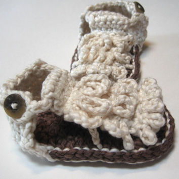 Crochet baby booties.  Summer sandals.  Ready to ship.  Unisex.  0 to 6 months.