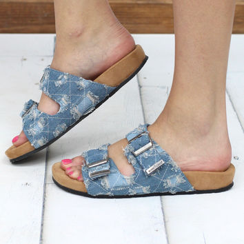 Minnetonka: Gypsy Slide On Distressed Denim Sandal {L. Denim}
