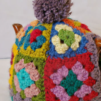 Tea Cosy, Granny Square with Pom Pom, 2 - 4 cup tea pot cover, crochet granny squares