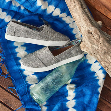 PEWTER METALLIC LINEN WOMEN'S AVALON SLIP-ONS