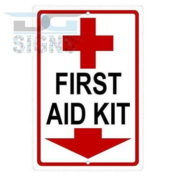 FIRST AID KIT SYMBOL ARROW DOWN aluminum sign
