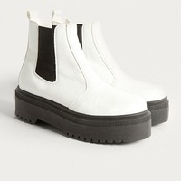 UO Brody Platform Chelsea Boot | Urban Outfitters