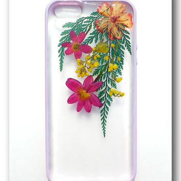 Handmade iPhone 5/5s case, Resin with Dried Flowers, ( 6 )
