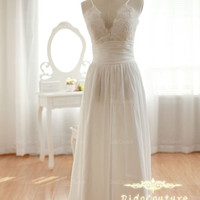 Spagehetti Strap V-neck Bridal Gown Lace Taffeta Wedding Dress A-line Floor Length Bridal Wedding Gown
