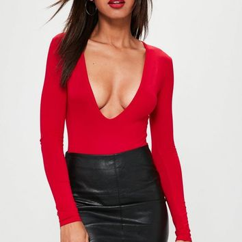 Missguided - Red Long Sleeved V-Neck Bodysuit