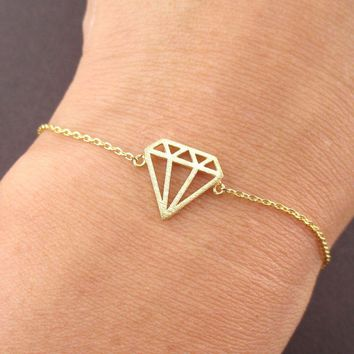 Diamond Outline Shaped Dye Cut Charm Bracelet in Gold