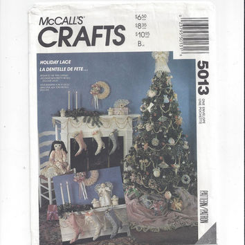 McCall's 5013 Crafts Pattern for Holiday Lace Christmas Ornaments, Stockings, 1992, FACTORY FOLDED, UNCUT, Vintage Pattern, Home Sew Pattern