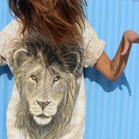 Lion, oversized, safari T-shirt, 90'S, Size M from wildpalms