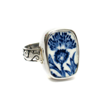 Size 11 Broken China Jewelry Royal Warwick Lochs of Scotland Blue Thistle Flower D Sterling Ring