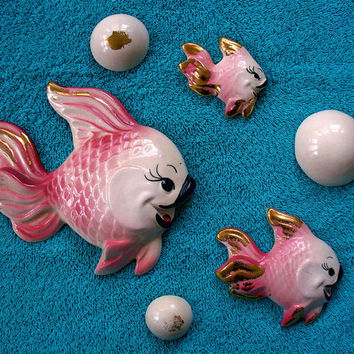SALE SALE Vintage Kitsch Pink and Gold  6 Piece set of Fish and Bubble Wall Plaques by Deforest of California Nautical Bath