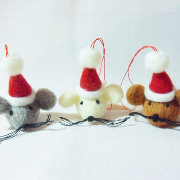 Needle Felted Christmas Decorations - set of 3 small Christmas Mice - felt Christmas decorations - felted animals - Christmas mice