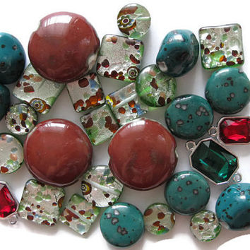 31 Pc Assorted Green Dark Red Large Beads Ceramic Lampwork Glass 30mm 24mm 20mm