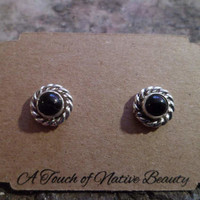 Authentic Navajo,Native American,Southwestern sterling silver cable black onyx stud earrings. 5mm stones.Made to order