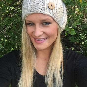 Women's Warm Knit Headband with Buttons - Oatmeal