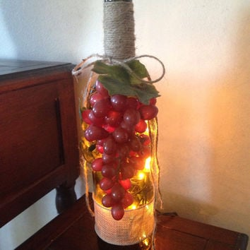 Red/purple grapes wine bottle lamp, wine bottle light