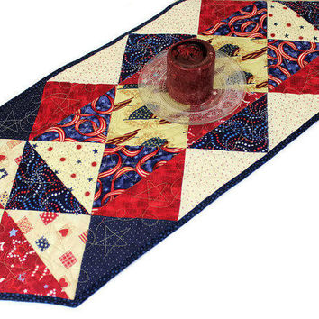 Patriotic Quilted Table Runner in Red, Blue and Ivory White, 4th of July Table Runner, Triangles Runner
