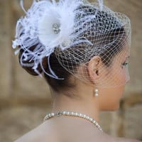 Birdcage wedding veil Megan With removable Feather fascinator