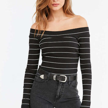 Silence + Noise Striped Rib Knit Off-The-Shoulder Top | Urban Outfitters
