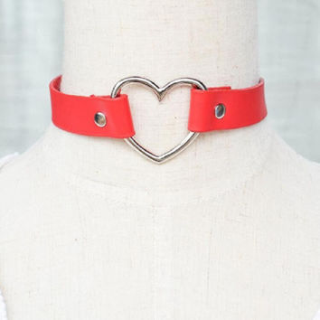 Lady Punk Faux Leather Heart Collar Choker Necklace