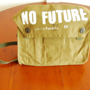 Vintage Military Bag NO FUTURE by ThePirates
