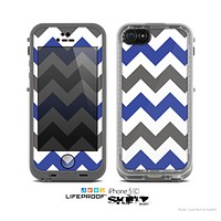 The Gray & Navy Blue Chevron Skin for the Apple iPhone 5c LifeProof Case