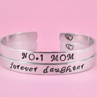 NO.1 MOM/forever daughter - Hand Stamped Aluminum Cuff Bracelets Set, Mother daughter Bracelets, Family Bracelets Set