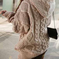 Hoodie sweater / Batwing-sleeved blouse / comfortable cardigan