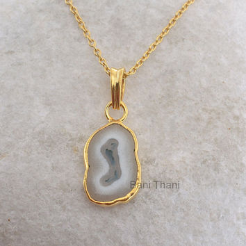 Handmade Pendant Necklace Solar Quartz Beautiful Fancy Shape 10x15mm Micron Gold Plated 925 Sterling Silver Pendant Necklace #5053
