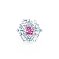 Tiffany & Co. - Rare Fancy ColorDiamond Ring