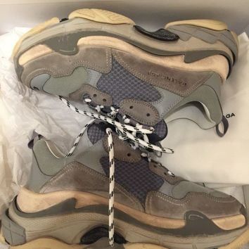 One-nice™ Balenciaga Triple S Sneakers In Grey Size 41, New With Box