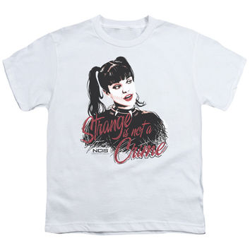 NCIS/STRANGE IS NOT A CRIME - S/S YOUTH 18/1 - WHITE -