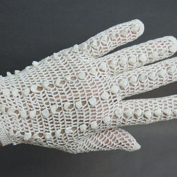 1950s White Crochet Gloves, Size 6-1/2 to 7, Made in France 1950s White Cotton Dress Gloves