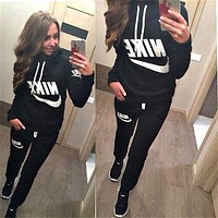 Multi-color NIKE Letter & Logo Print Casual Pullover Set