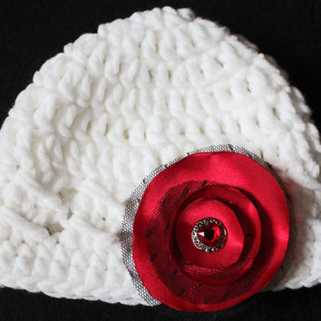 Valentine baby crochet chunky beanie with satin detachable flower and heart shaped rhinestone, neborn photography, 0-3 months