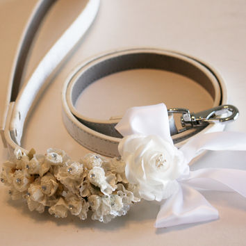White wedding dog Leash, White Wedding accessory, Floral wedding leash, dog lovers, pet wedding accessory