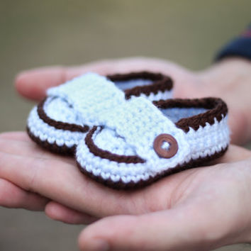 Lil' Man Loafers Crochet Baby Booties by GiggledPink