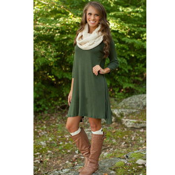 Green Long Sleeve Asymmetric Hem Shift Dress