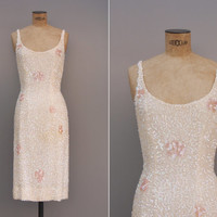 Tomber á Point Dress - Vintage 1950s Sequined Dress - 50s Wiggle Bombshell Iridescent Xs Extra Small Dress