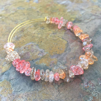 Crackled Coral // Adjustable Beaded Bangle Bracelet // Alex and Ani Style