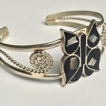 Vintage Alpaca Silver Butterfly Cuff Bracelet / Dark Blue Onyx Mother Of Pearl Inlay / Mexican Silver Boho Cuff Bangle / Abalone Shell Inlay