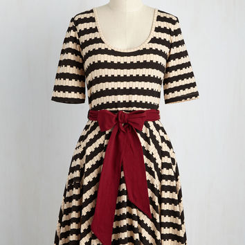 Exhibition Marks the Spot Dress in Stripes | Mod Retro Vintage Dresses | ModCloth.com