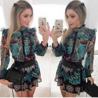 Delicate printing long sleeve short dress
