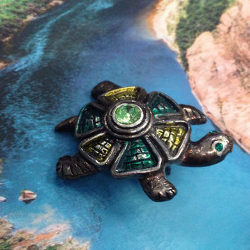 Green Turtle Pin, Turtle Brooch, Turtle Tie Tuck, Green Enamel Turtle Pin, Turtle Enamel Pin, Turtle Lover Gift, Animal Pin, Figural Pin