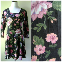 90s Grunge Floral Mini Dress Vintage Dark Flower Print Flared Bottom Size M/L Medium Large Hippie Boho 3/4 Sleeves 1990s Revival Hipster